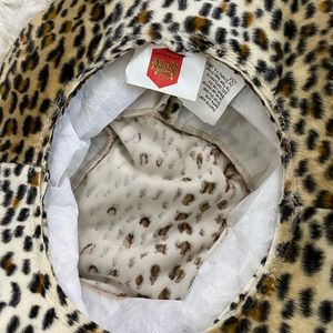 Vintage Accessories - Cheetah print bucket hat